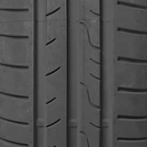 opona osobowa Dunlop SP STREETRESPONSE 2 w rozmiarze 185/65R15 z indeksem nośności 92 i prędkości T - widok bieżnika