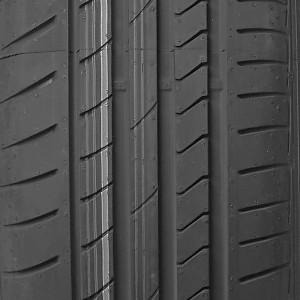opona osobowa letnia Dunlop SP SPORT MAXX RT w rozmiarze 235/55R19 z indeksem nośności 101 i prędkości V - widok bieżnika